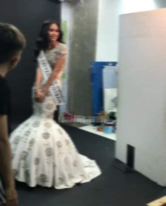 Lộ ảnh Mâu Thủy mới là người đeo dải băng Việt Nam thi đấu Miss Universe 2019 chứ không phải Hoàng Thùy? - Hình 4