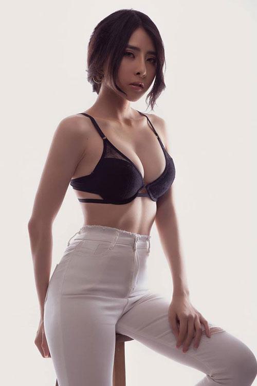 Ngắm thân hình vạn người mê của nữ gymer hot nhất nhì Việt Nam từng lên báo Trung - Hình 5