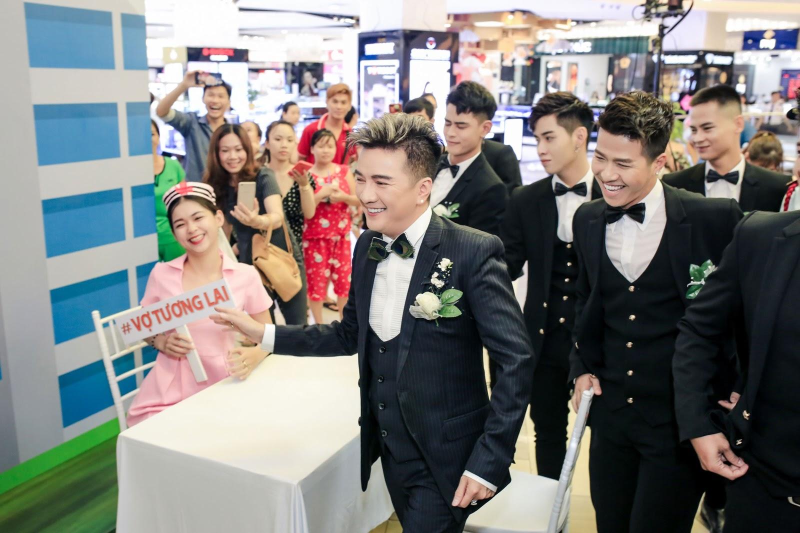 Lam Trường chia sẻ: 'Anh Đàm Vĩnh Hưng muốn lấy vợ rồi!' - Hình 9