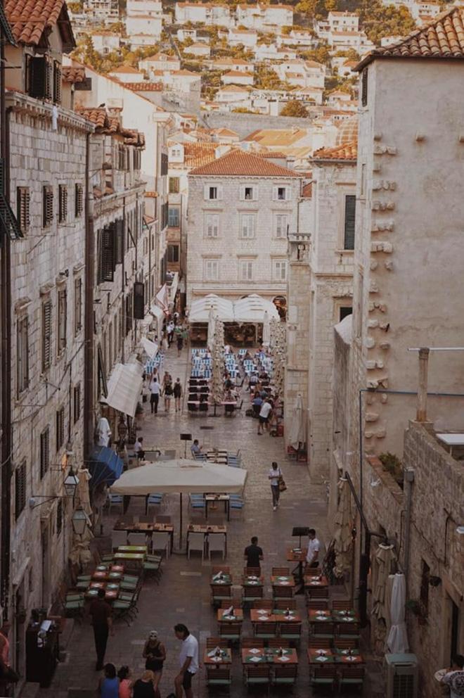 Lưu ngay loạt bí kíp du lịch đến Dubrovnik - bối cảnh chính trong bộ phim bom tấn Game of Thrones - Hình 7