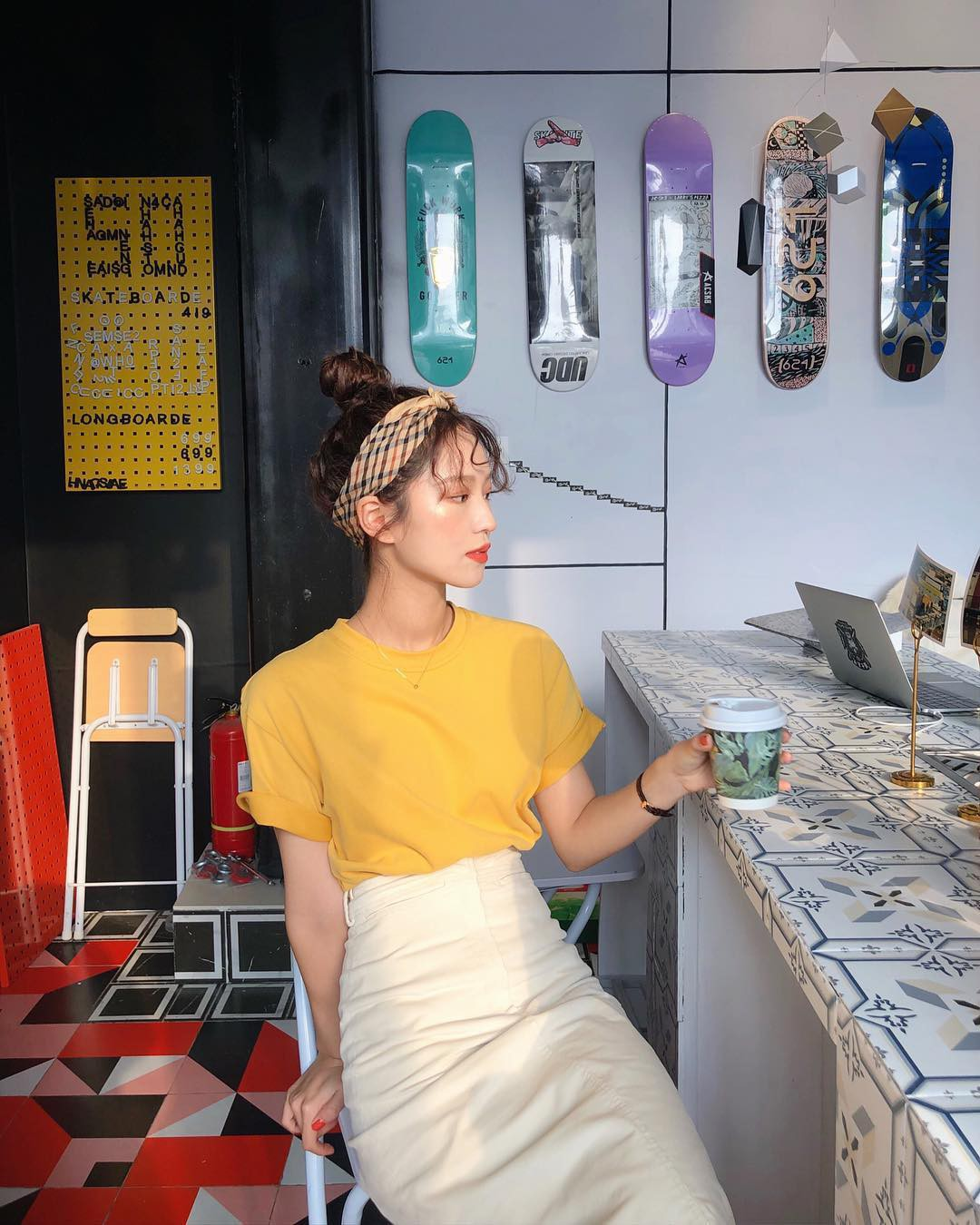 Lại nóng đến phát ốm, nhưng nàng công sở không phải lo vì đã có 5 items nhẹ mát và 100% thanh lịch này - Hình 13
