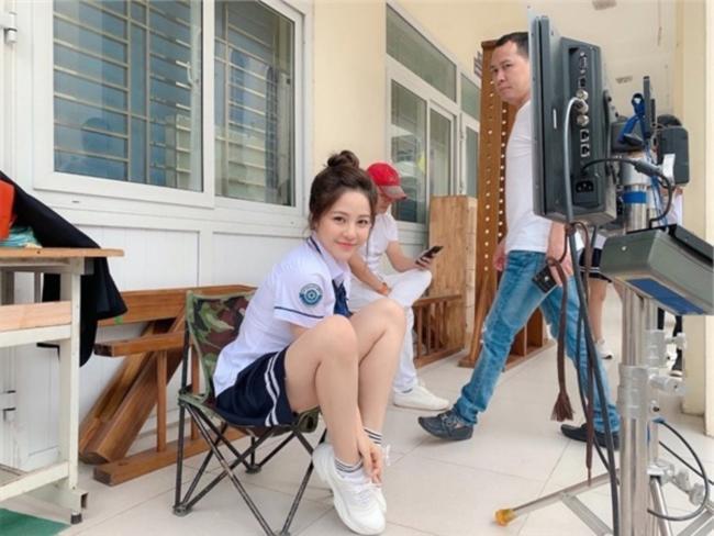 Lộ danh tính cô gái chụp ảnh khỏa thân giữa hồ sen, là diễn viên tham gia phim mà hot girl Trâm Anh bị cắt vai - Hình 6