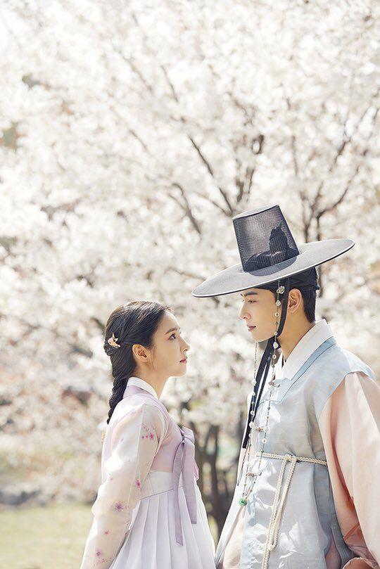 MBC phát hành hình ảnh đầu tiên của Mỹ nữ mặt đơ Shin Se Kyung trong phim Rookie Historian Goo Hae Ryung đóng cùng Cha Eun Woo - Hình 5