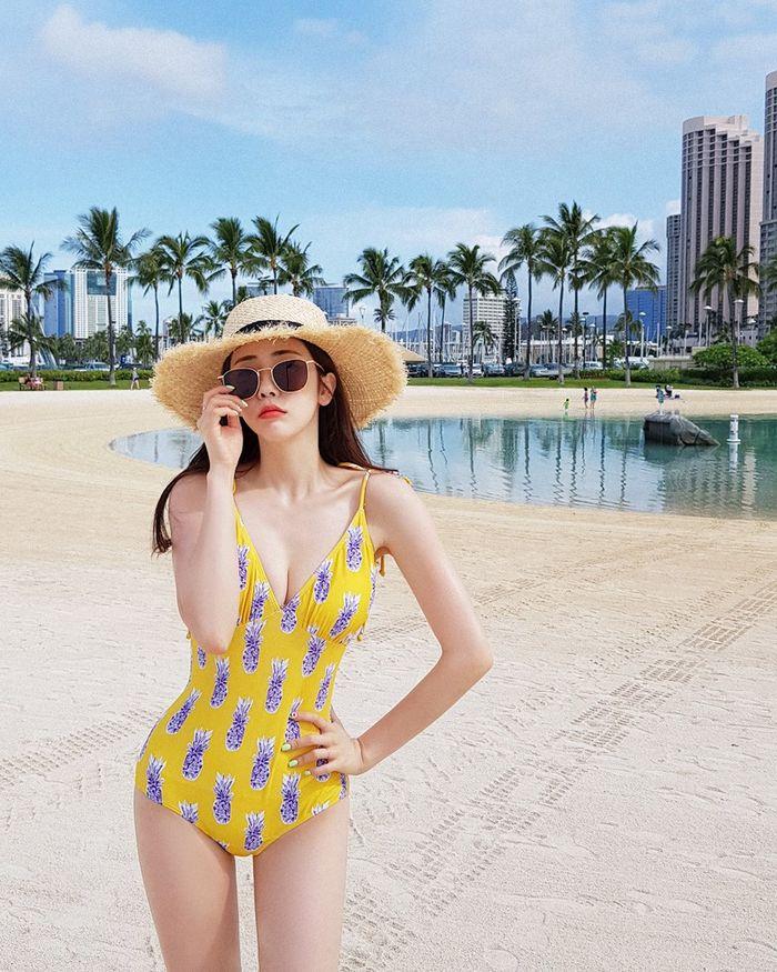 5 mẫu bikini giúp các nàng giấu nhẹm vòng 2 đẫy đà lấy lại eo thon chỉ trong tích tắc - Hình 4