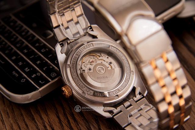 5 mẫu đồng hồ màu vàng hồng, có đính kim cương thật - Hình 3