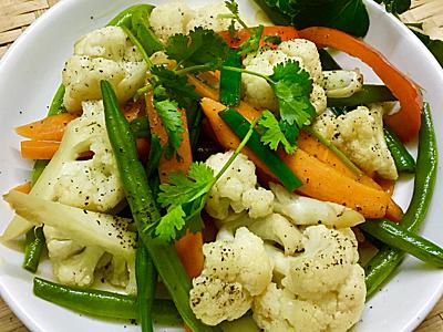 Bông cải xào ớt chuông bổ dưỡng - Hình 4
