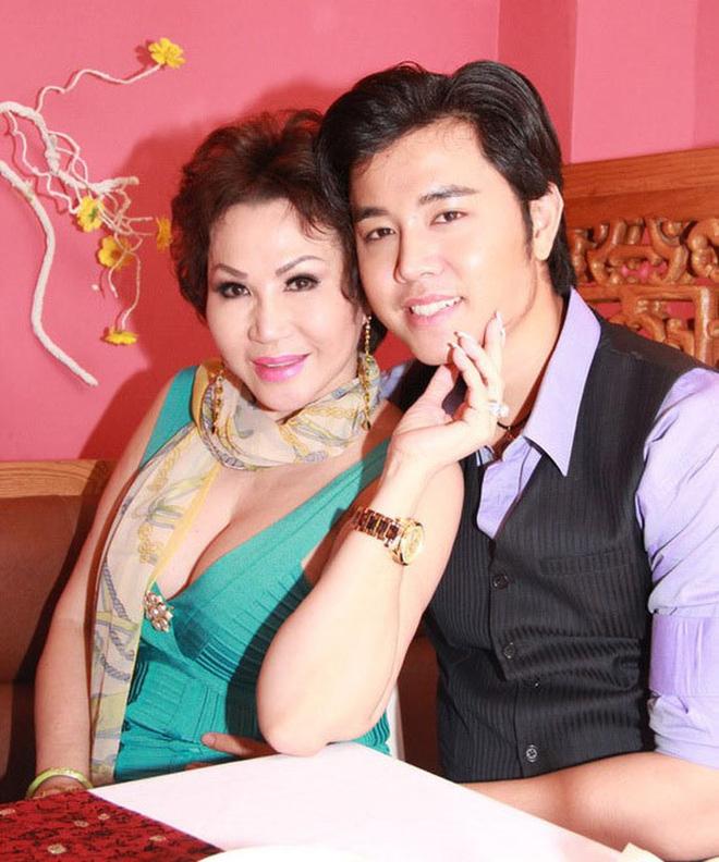 Chia tay nữ tỷ phú U60, Vũ Hoàng Việt khoe có bạn gái trẻ đẹp, dễ thương - Hình 3