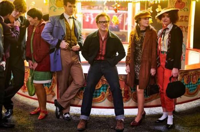 Điểm danh các ca khúc top hit một thời của danh ca Elton John sẽ xuất hiện trong siêu phẩm âm nhạc Rocketman - Hình 2