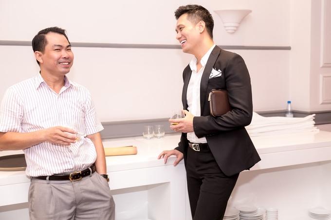 Diễn viên Việt Anh mua ôtô hơn 10 tỷ đồng - Hình 5