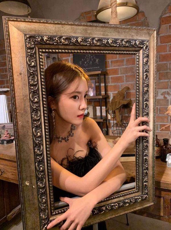 Hyomin khiến nhiều người mê mẩn nhan sắc ngọt ngào khi hóa thân thành cô phù thủy nhỏ - Hình 11