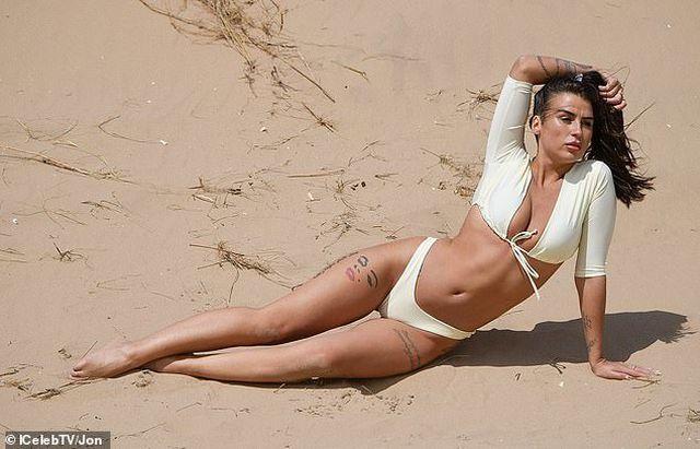 Jenny Thompson gợi cảm với bikini trắng - Hình 4