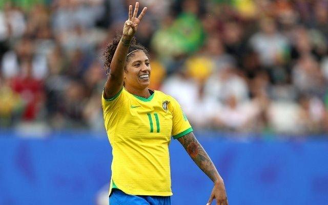 Nữ tiền đạo Brazil lập kỷ lục ở World Cup 2019 - Hình 1
