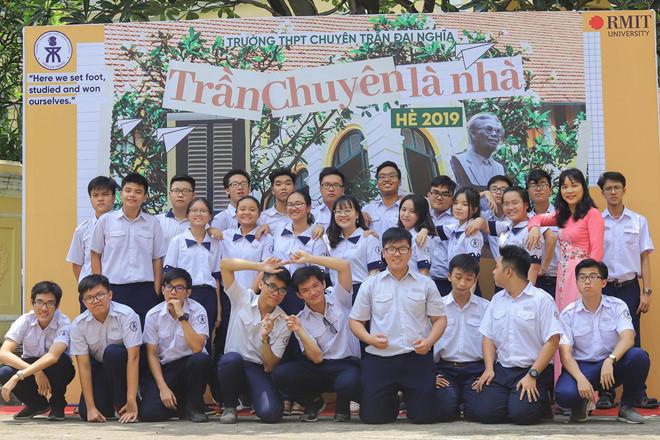 Chất như học sinh Sài Gòn, quay MV hát rap chia tay thời áo trắng - Hình 2
