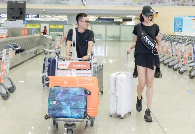 Hồng Quế sang Trung Quốc diễn thời trang - Hình 5