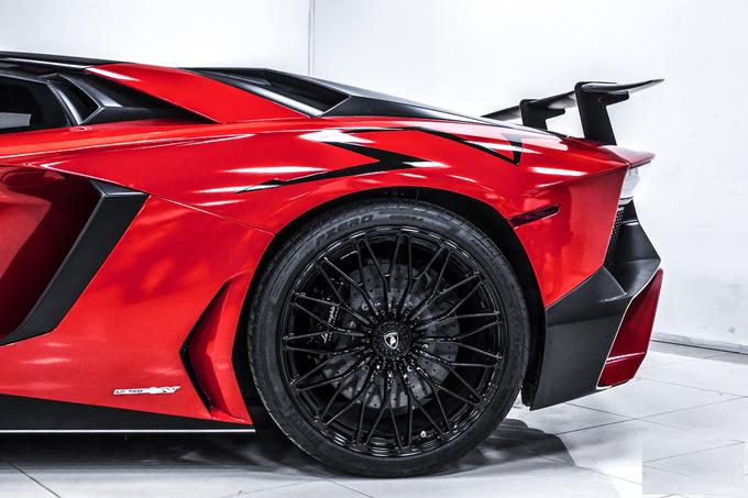 Lamborghini Aventador SV độc nhất của đại gia Việt Nam - Hình 8