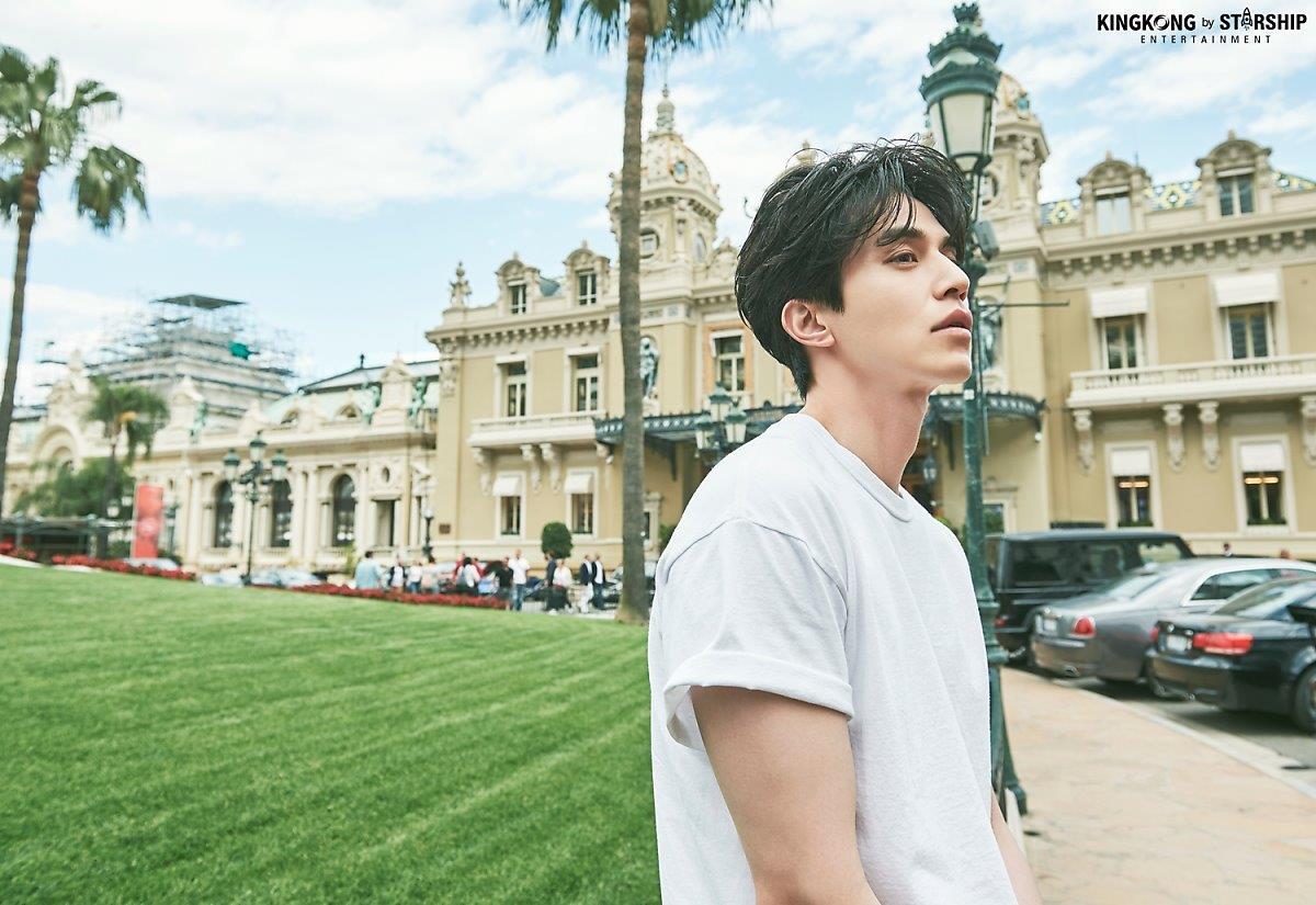 Thần chết Lee Dong Wook và bộ ảnh bên cánh đồng hoa, nam thần đẹp hơn hoa là có thật - Hình 11