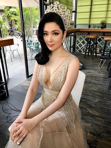 Vẻ đẹp của mỹ nhân Việt khiến Hồ Ngọc Hà cũng phải ghen tỵ - Hình 3