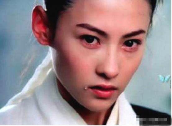 Dương Tử tiết lộ đóng cảnh khóc vô cùng khó khăn, còn Trương Bá Chi lại có thể khống chế cả tốc độ rơi của nước mắt - Hình 9