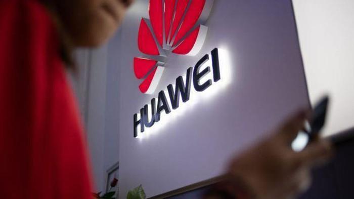 Nhà Trắng sẽ cấm vận các công ty làm ăn với Huawei - Hình 1