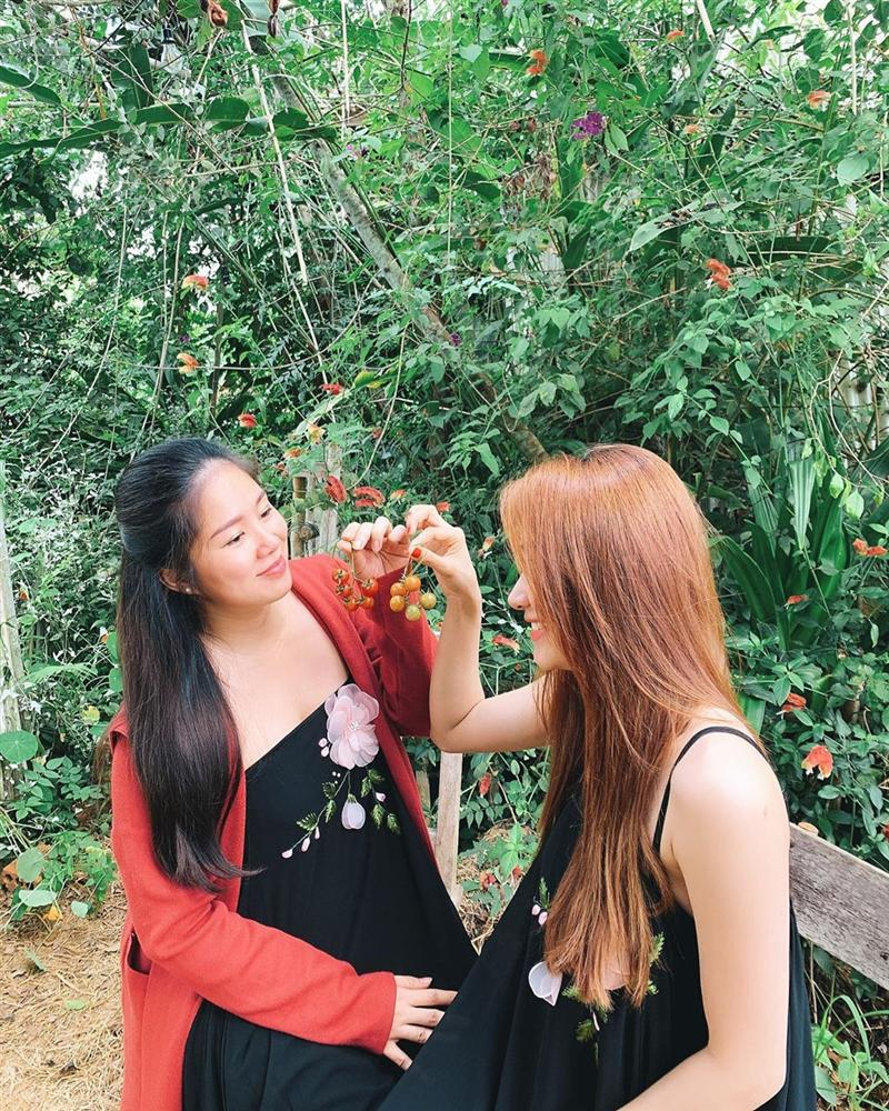 Phạm Hương phô diễn vòng 1 gợi cảm nghẹt thở hot ngang ngửa cái nắng mùa hè - Hình 7