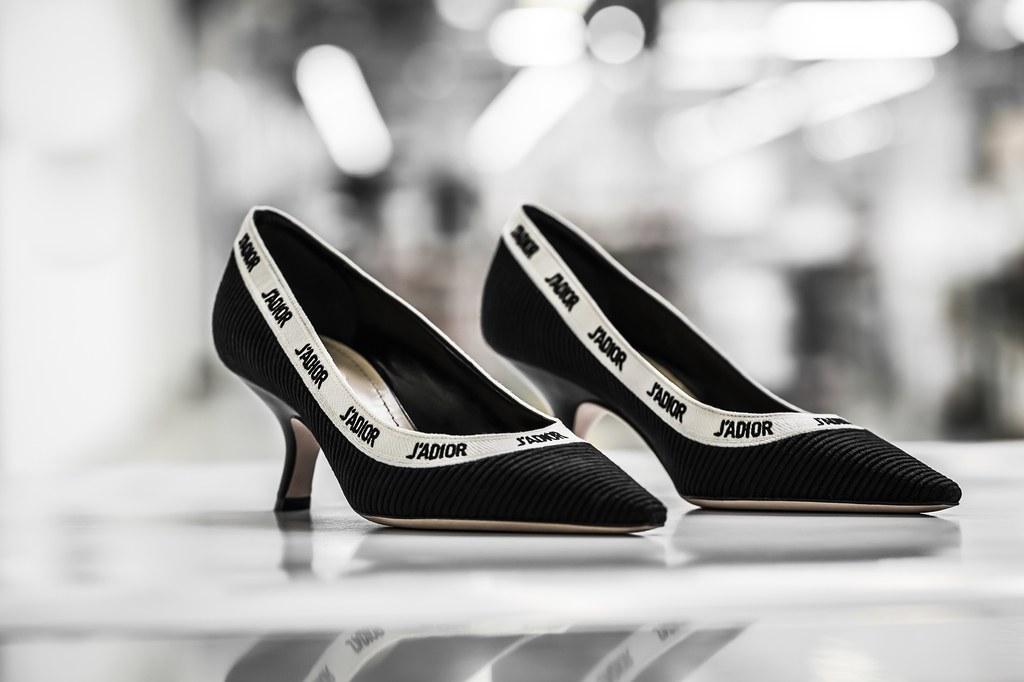 Quá trình tạo tuyệt phẩm giày Dior - giấc mơ của các quý cô - Hình 3