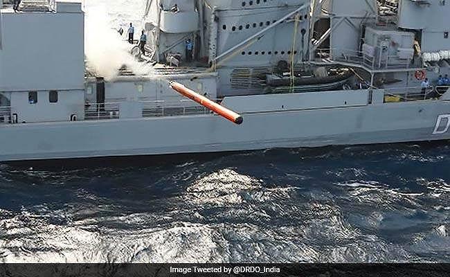 Ấn Độ lần đầu tự phát triển ngư lôi hạng nặng cho tàu chiến - Hình 1