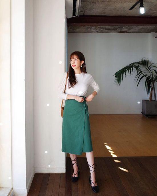 Đã xinh xắn, trendy lại còn giúp hack dáng, đây là 5 kiểu váy bạn nên bổ sung ngay - Hình 20