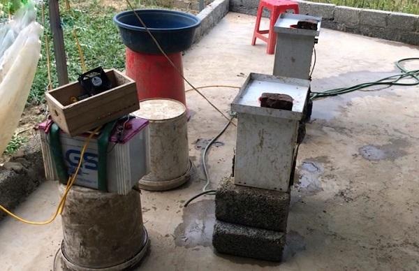 Đáng ngại: Cắm điện săn bắt tận diệt, chế biến giun đất ở Phú Thọ - Hình 6