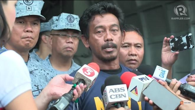 Ngư dân Phlippines 'bị tàu Trung Quốc đâm chìm' kể chuyện được tàu Việt Nam cứu - Hình 2
