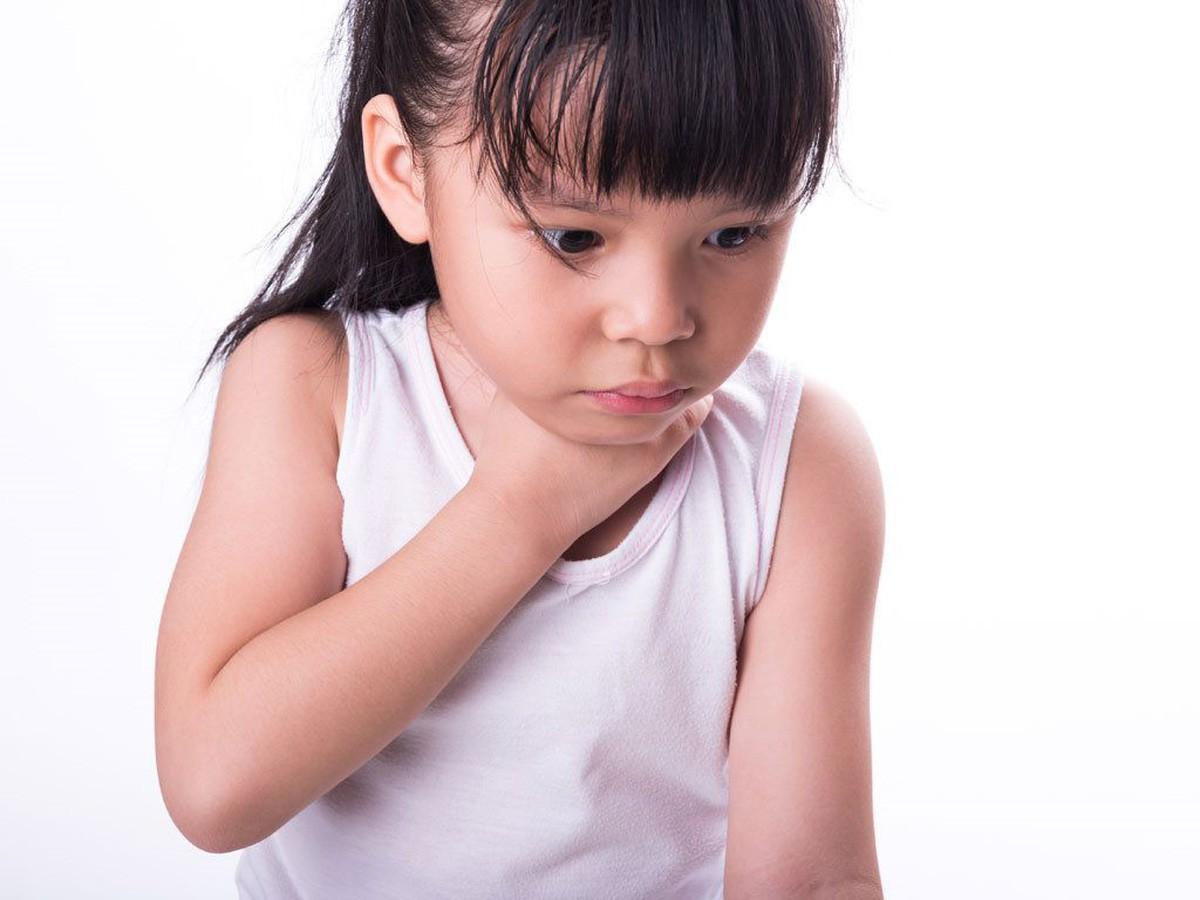 Những ca hóc thạch kinh hoàng: Lời cảnh tỉnh đến các bậc làm cha mẹ khi cho con ăn - Hình 2