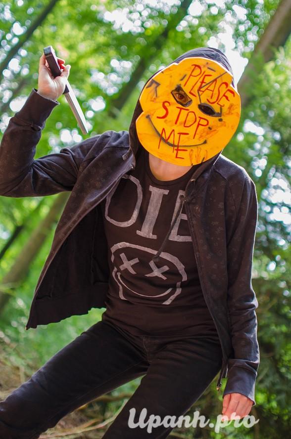 Smileys Gang - những kẻ tâm thần đằng sau chiếc mặt nạ màu vàng - Hình 17