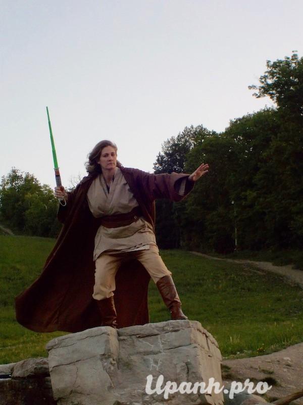 Thử một lần làm thành viên giáo phái Jedi trong Star Wars - Hình 9