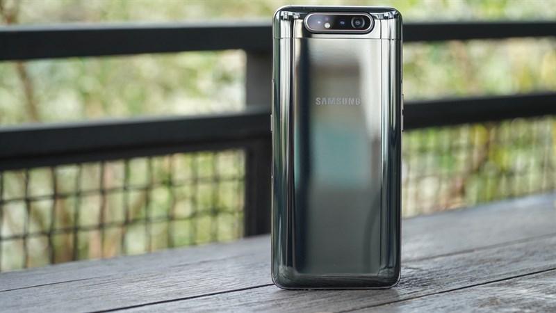 Trên tay & đánh giá nhanh Galaxy A80: Camera độc, Snapdragon 730 đầu tiên - Hình 2