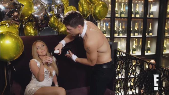 Vụ ngoại tình cực shock của Mariah Carey với vũ công: loạt khoảnh khắc làm người xem đỏ mặt trong show thực tế riêng khi còn đính hôn! - Hình 4