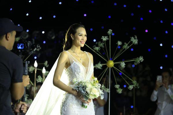 Choáng với giá trị bộ trang sức của Phương Mai diện trong ngày cưới - Hình 3