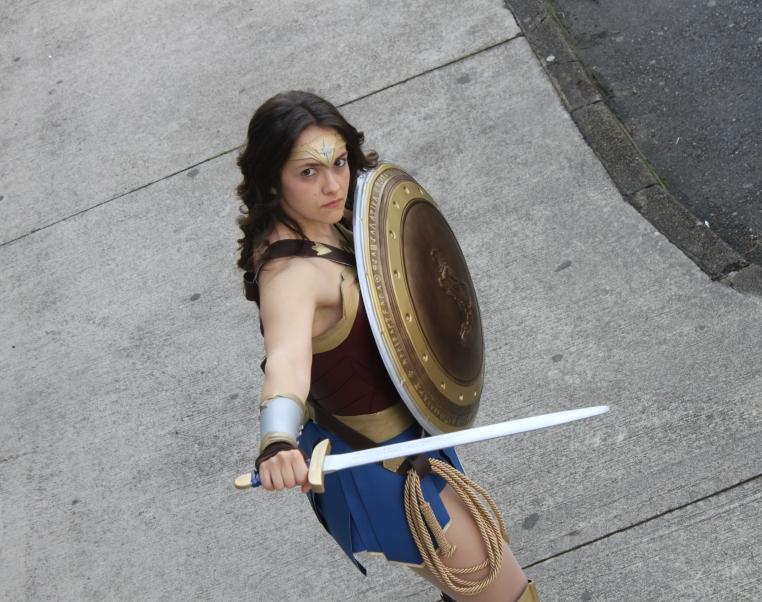 Diana - Nữ thần chiến binh vừa xinh đẹp lại vừa mạnh mẽ - Hình 3