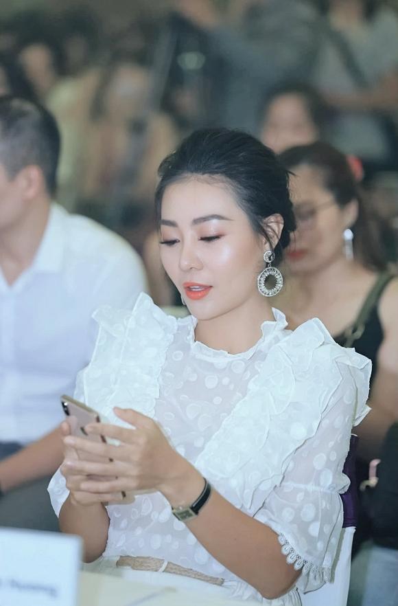Diễn viên Thanh Hương diện váy trắng nền nã dự event ngày cuối tuần - Hình 9