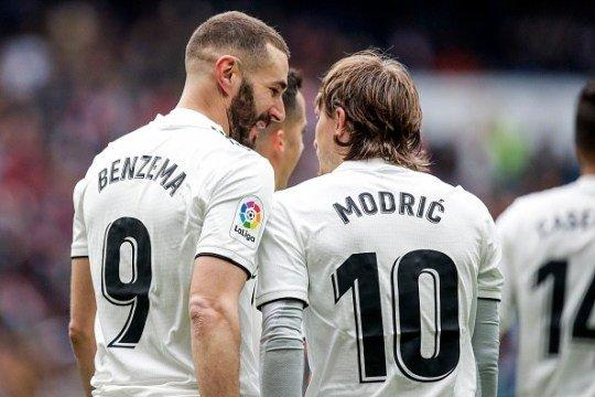 Hazard: Tôi hỏi Modric cho mượn áo số 10 và anh ấy nói... - Hình 1