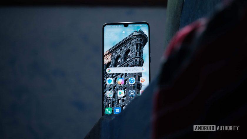 Huawei vẫn đang phát triển EMUI 10 dựa trên nền Android Q - Hình 1