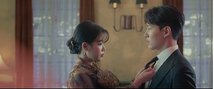 IU quá đẹp khiến Yeo Jin Goo sợ phát ngất trong Hotel Del Luna - Hình 3
