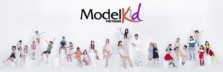 Model Kid Vietnam 2019 tung poster chính thức, bộ tứ huấn luyện viên thần thái ngút ngàn - Hình 6