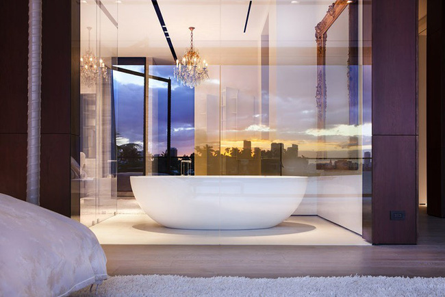 Nâng tầm vẻ đẹp của phòng tắm gia đình với thiết kế đèn chùm rực rỡ - Hình 5