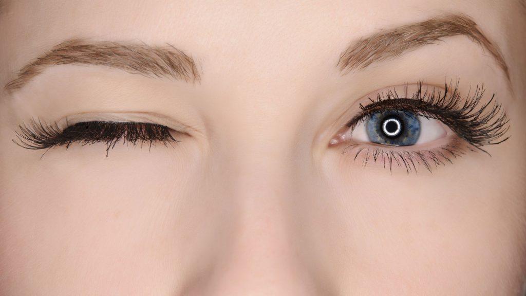Những loại mascara chống thấm nước được ưa chuộng nhất hiện nay - Hình 1