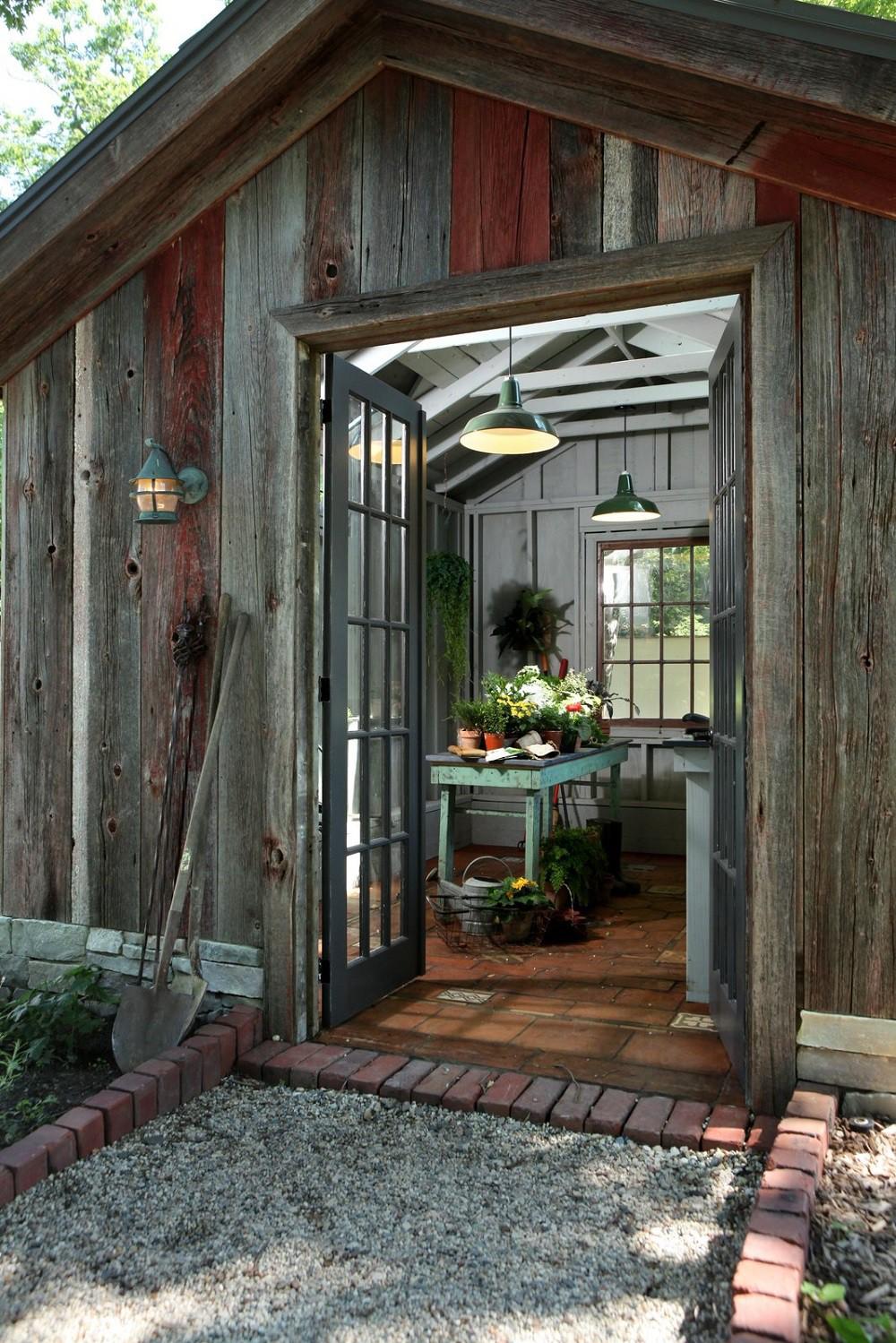 Những ngôi nhà nhỏ được cải tạo từ nhà kho đẹp bất ngờ - Hình 5