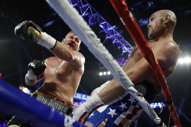 Tyson Fury tung đòn hạ chóng vánh đối thủ người Đức - Hình 2