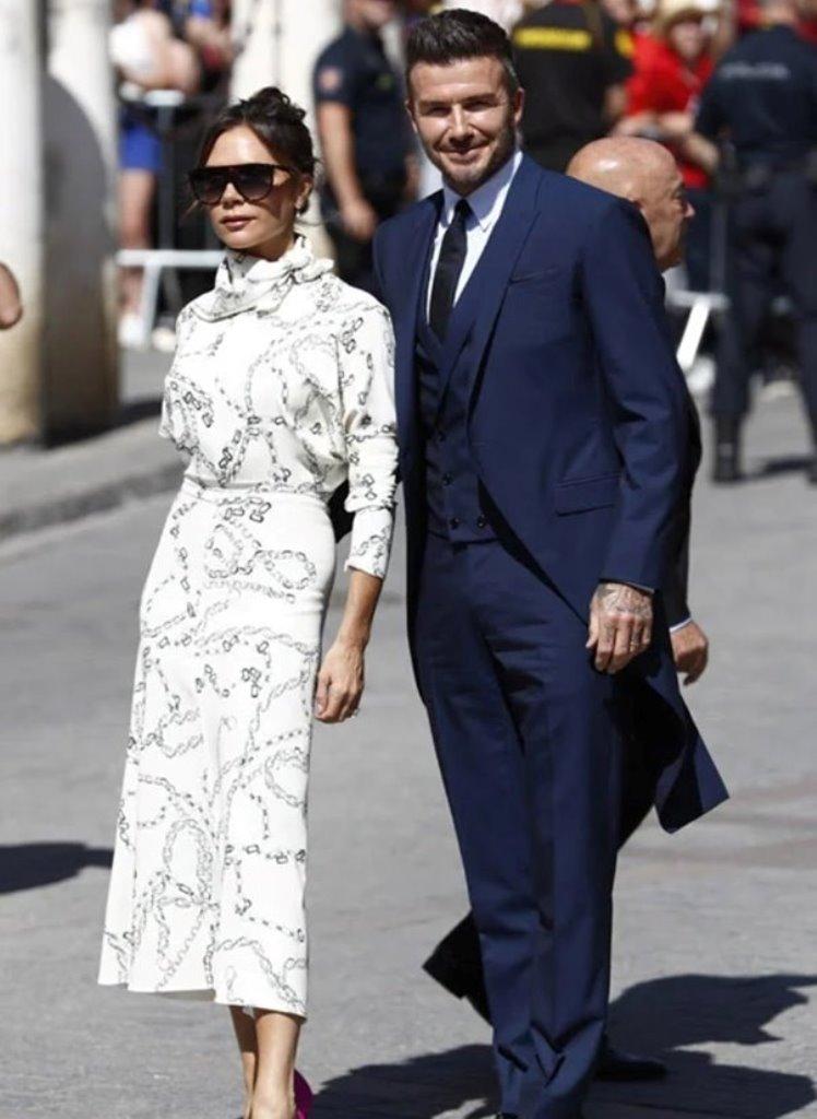 Vợ Nacho 'thả rông' trong lễ cưới Sergio Ramos - Hình 5