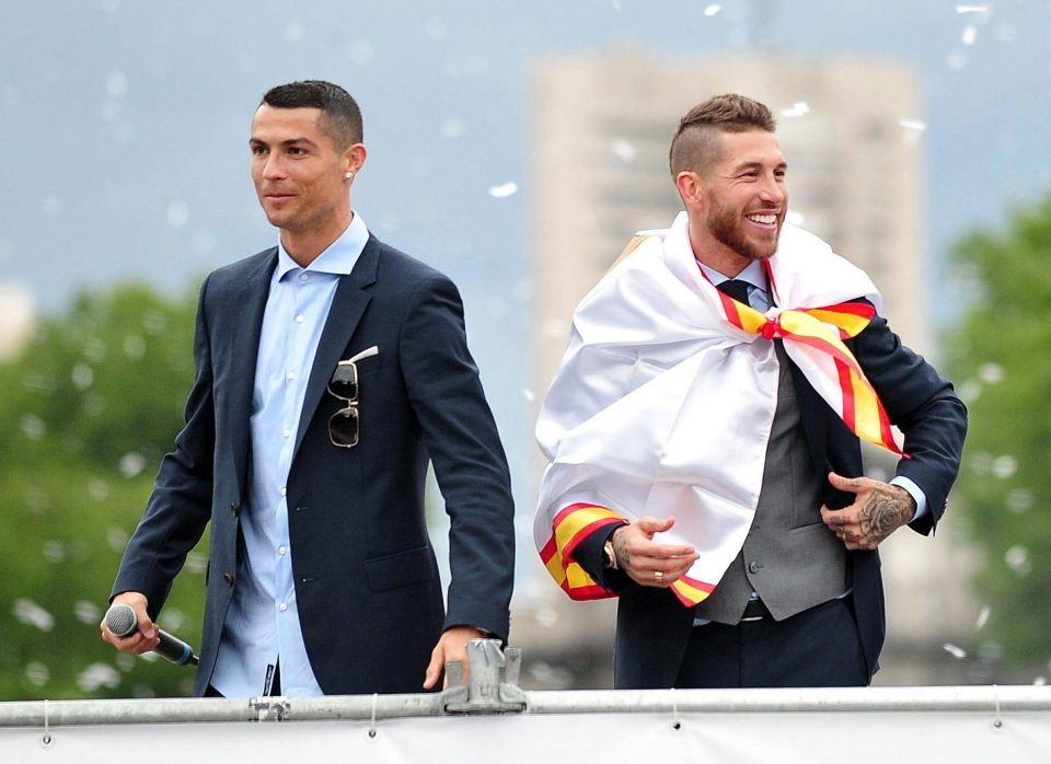 Vợ Nacho 'thả rông' trong lễ cưới Sergio Ramos - Hình 12