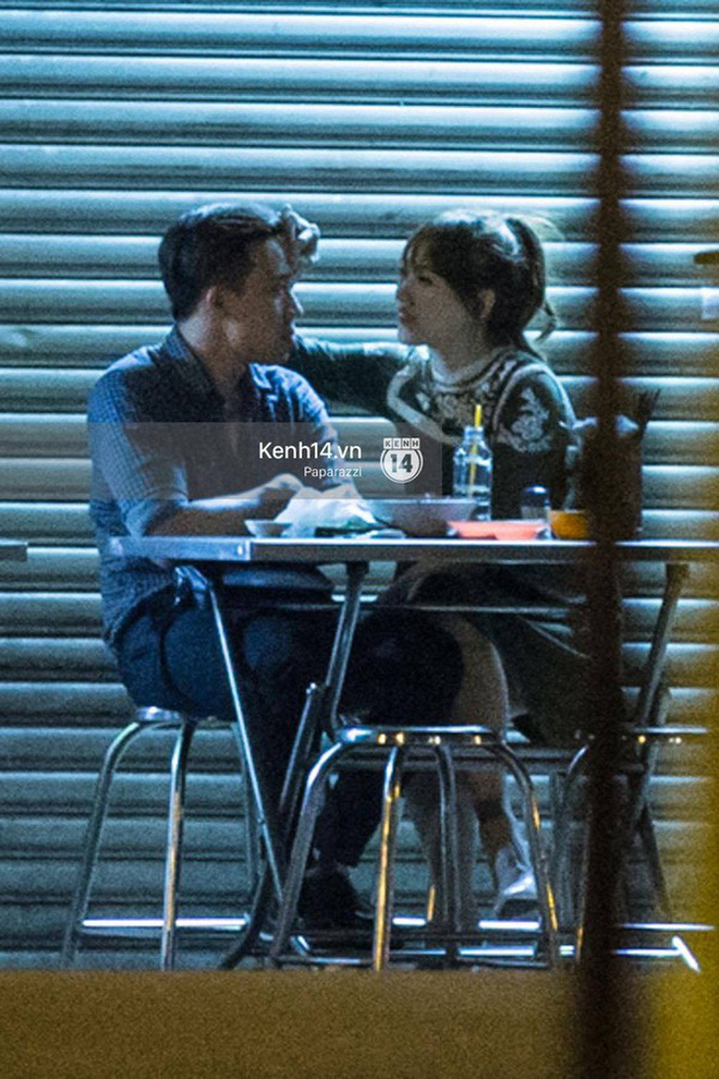 Các cặp đôi Vbiz và Kbiz hẹn hò qua ống kính paparazzi: Khi sao Việt quá bạo, sao Hàn trang bị quá bài bản, khôn khéo - Hình 17