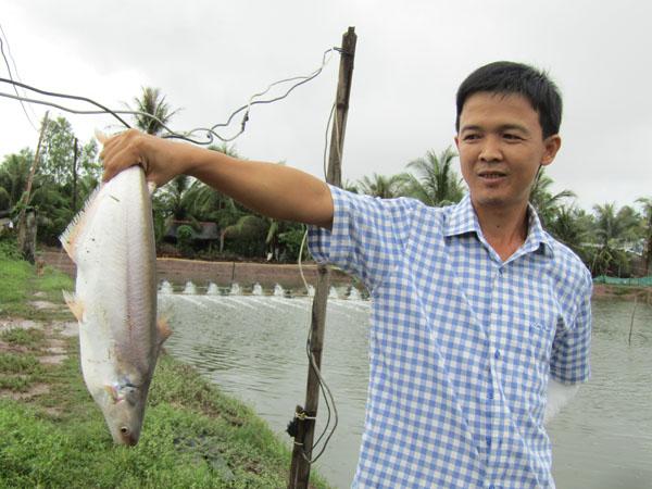 Làm giàu ở nông thôn: Đổi đời nhờ nuôi loài cá bông lau - Hình 3