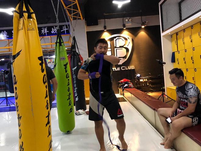 Lò võ MMA giúp Từ Hiểu Đông có thu nhập không nhỏ - Hình 4
